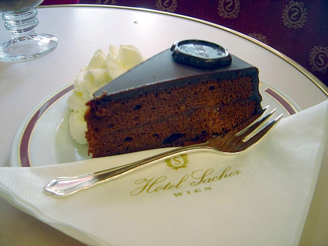 Saher torta najpoznatija torta na svetu oko sveta for Kunefe amsterdam